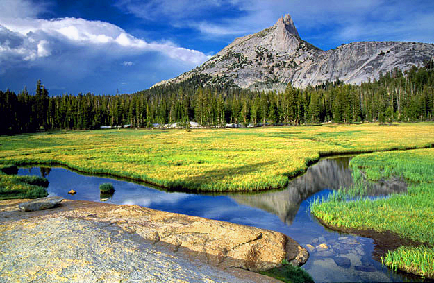 cathedral-peak-yosemite-national-park-california